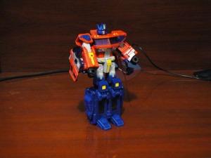 Optimus Prime Voyager 2006 Robot
