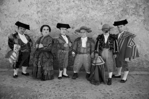 See? The 7 Bullfighting Dwarves!